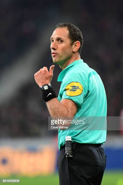 Referee Mikael Lesage during the Ligue 1 match between Lille OSC and Olympique de Marseille at Stade Pierre Mauroy on March 17 2017 in Lille France