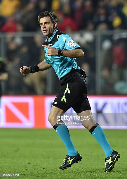 Referee Nicola Rizzoli during the Serie A match between Frosinone Calcio and Hellas Verona FC at Stadio Matusa on November 29 2015 in Frosinone Italy