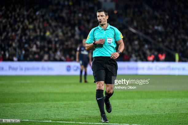 Referee Nicolas Rainville during the Ligue 1 match between Paris Saint Germain and Nantes at Parc des Princes on November 18 2017 in Paris