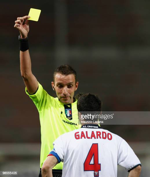 Referee Paolo Mazzoleni shows a yellow card to Antonio Galardo of Fc Crotone during the Serie B match between Reggina Calcio and FC Crotone at Stadio...