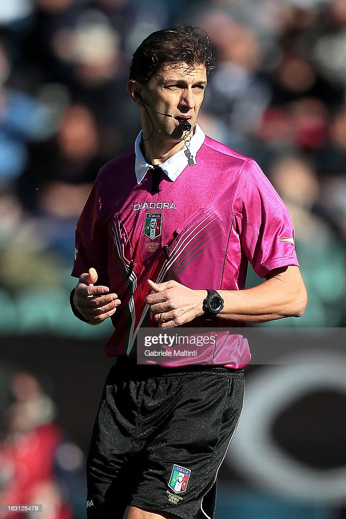 Referee Paolo Tagliavento of Terni during the Serie A match between AC Siena and Atalanta BC at Stadio Artemio Franchi on March 3, 2013 in Siena, Italy.