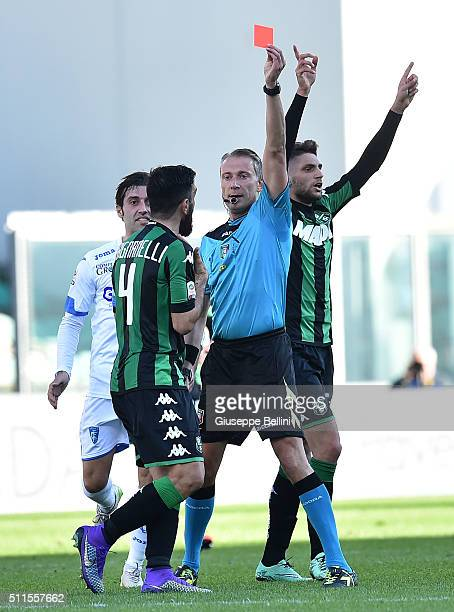 Referee Paolo Valeri shows the red card to Simone Missiroli of Sassuolo during the Serie A match between US Sassuolo Calcio and Empoli FC at Mapei...