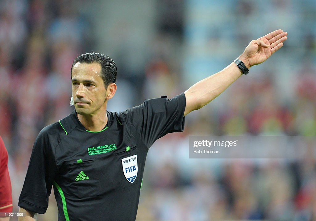 Referee <a gi-track='captionPersonalityLinkClicked' href=/galleries/search?phrase=Pedro+Proenca&family=editorial&specificpeople=5701749 ng-click='$event.stopPropagation()'>Pedro Proenca</a> of Portugal during the UEFA Champions League Final between FC Bayern Munich and Chelsea at the Fussball Arena Munich on May 19, 2012 in Munich, Germany. The match ended 1-1 after extra time, Chelsea won 4-3 on penalties.