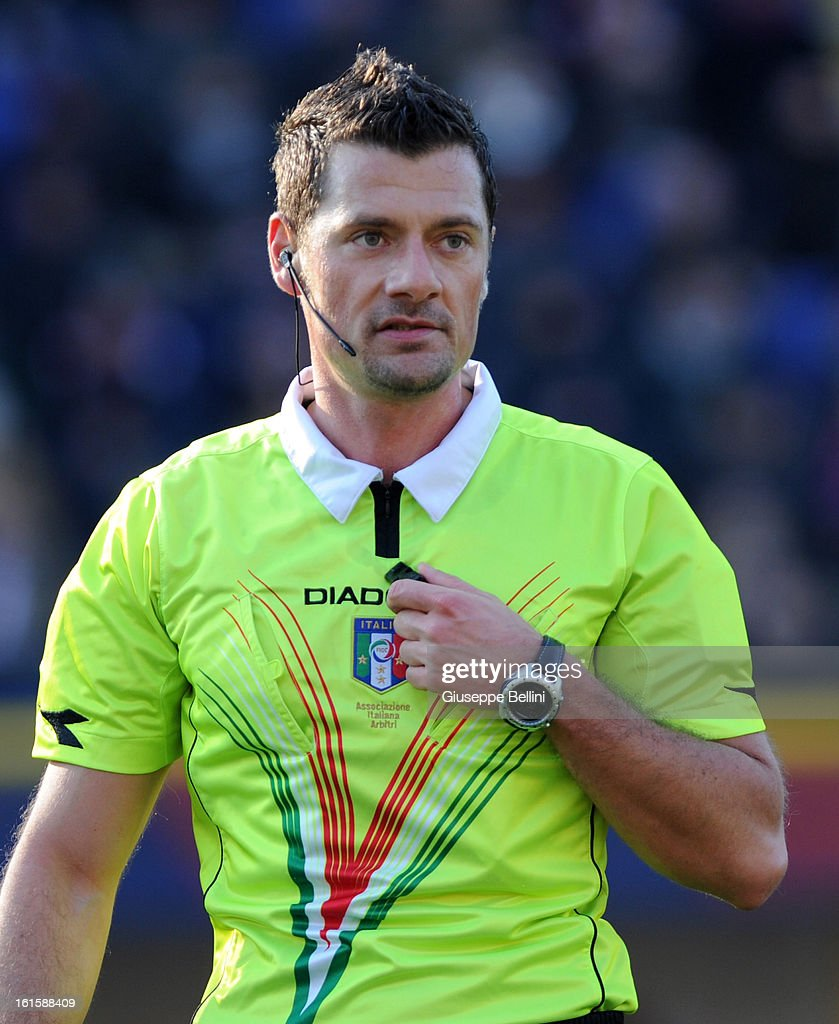 Referee Piero Giacomelli during the Serie A match between Bologna FC and AC Siena at Stadio Renato Dall'Ara on February 10, 2013 in Bologna, Italy.
