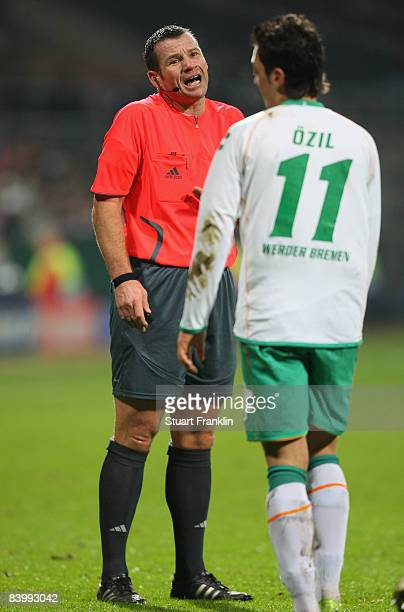 Referee Pieter Vink during the UEFA Champions League Group B match between SV Werder Bremen and Inter Milan at the Weser stadium on December 9 2008...