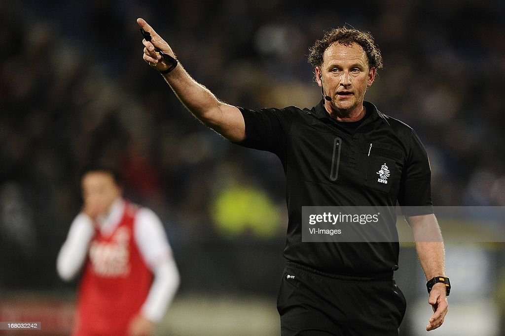 Referee R.Wiedemeijer, during the Dutch Eredivisie match between sc Heerenveen and AZ Alkmaar on April 26, 2013 at the Abe Lenstra stadium in Heerenveen, The Netherlands.