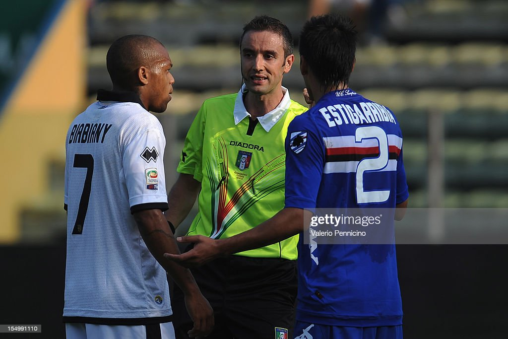 Referee Sebastiano Peruzzo during the Serie A match between Parma FC and UC Sampdoria at Stadio Ennio Tardini on October 21 2012 in Parma Italy