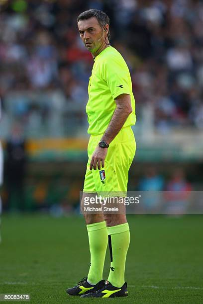 Referee Stefano Farina looks on during the Serie A match between Juventus and Fiorentina at the Stadio Olimpico on March 2 2008 in TurinItaly