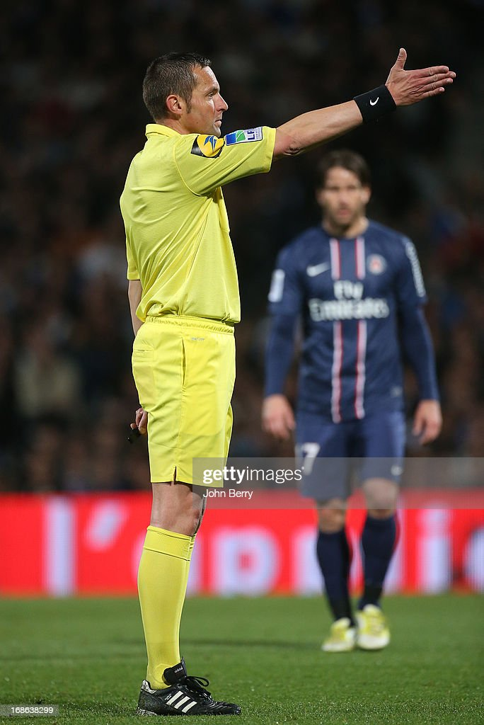 Referee <a gi-track='captionPersonalityLinkClicked' href=/galleries/search?phrase=Stephane+Lannoy&family=editorial&specificpeople=2274380 ng-click='$event.stopPropagation()'>Stephane Lannoy</a> in action during the Ligue 1 match between Olympique Lyonnais, OL, and Paris Saint-Germain FC, PSG, at the Stade Gerland on May 12, 2013 in Lyon, France.