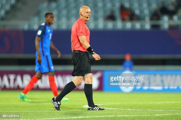 Referee Szymon Marciniak during the FIFA U20 World Cup Korea Republic 2017 Round of 16 match between France and Italy at Cheonan Baekseok Stadium on...