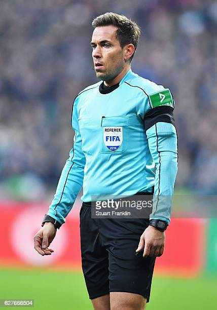 Referee Tobias Stieler looks on during the Bundesliga match between Werder Bremen and FC Ingolstadt 04 at Weserstadion on December 3 2016 in Bremen...