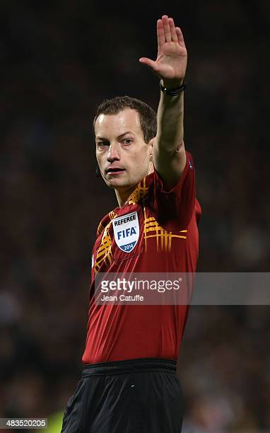 Referee William Collum of Scotland in action during the UEFA Europa League quarter final match between Olympique Lyonnais OL and Juventus Turin at...