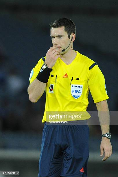 RefereeJarred Gillett from Australia looks on during the JLeague match between Yokohama FMarinos and Sanfrecce Hiroshima at Nissan Stadium on April...