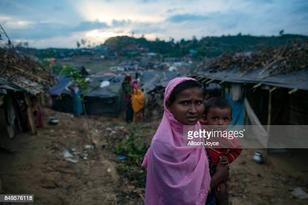 COX'S BAZAR BANGLADESH SEPTEMBER 19 Refugees are seen in the Falungkhali Rohingya refugee camp on September 19 2017 in Cox's Bazar Bangladesh Over...