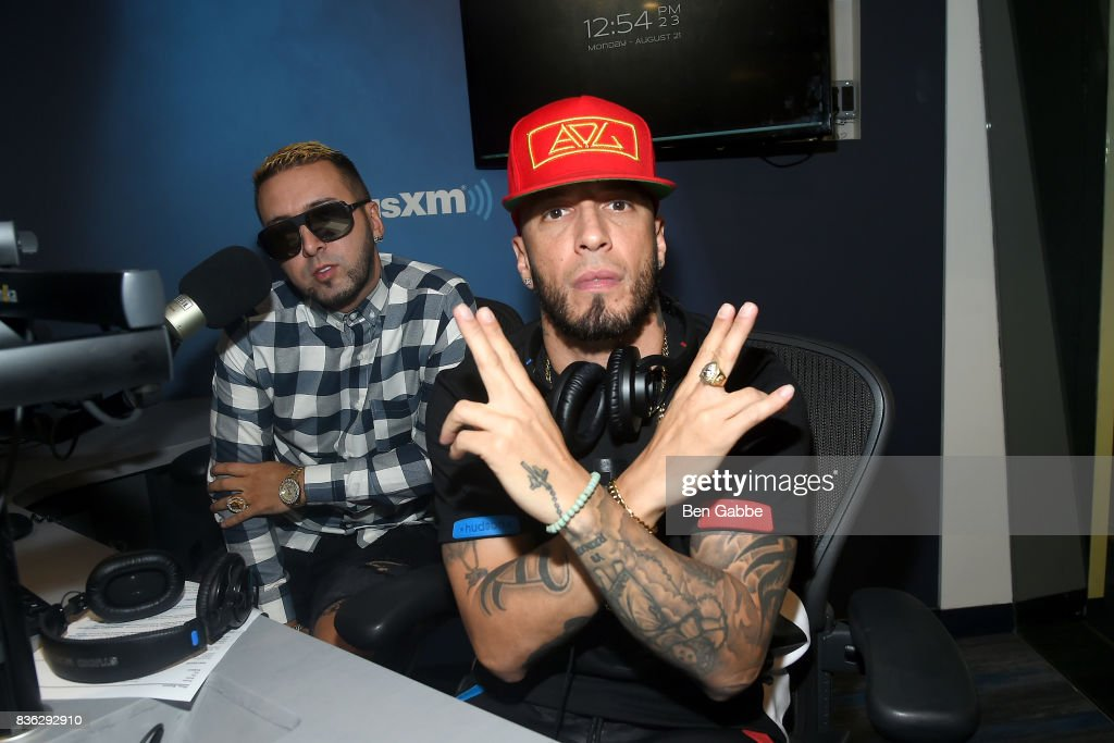 Reggaeton duo Fido (L) and Alexis of 'Alexis Y Fido' visit at SiriusXM Studios on August 21, 2017 in New York City.