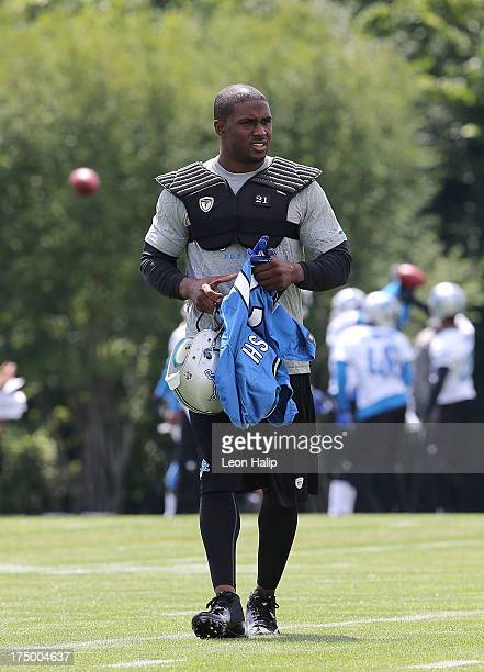 Reggie Bush of the Detroit Lions gets ready for the drills during the first day of the Detroit Lions Training Camp on July 26 2013 in Allen Park...