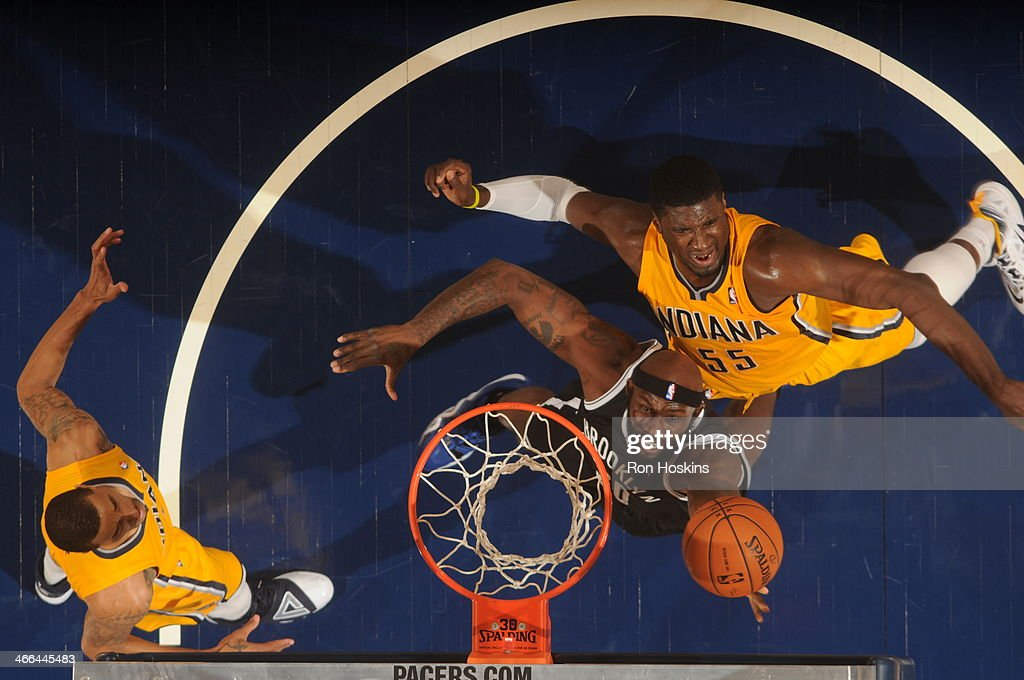 <a gi-track='captionPersonalityLinkClicked' href=/galleries/search?phrase=Reggie+Evans&family=editorial&specificpeople=202254 ng-click='$event.stopPropagation()'>Reggie Evans</a> #30 of the Brooklyn Nets shoots against the Indiana Pacers at Bankers Life Fieldhouse on February 1, 2014 in Indianapolis, Indiana.