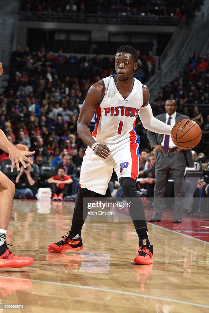 <a gi-track='captionPersonalityLinkClicked' href=/galleries/search?phrase=Reggie+Jackson+-+Basketball+Player+-+Born+1990&family=editorial&specificpeople=11492775 ng-click='$event.stopPropagation()'>Reggie Jackson</a> #1 of the Detroit Pistons handles the ball against the Toronto Raptors on February 8, 2016 at The Palace of Auburn Hills in Auburn Hills, Michigan.