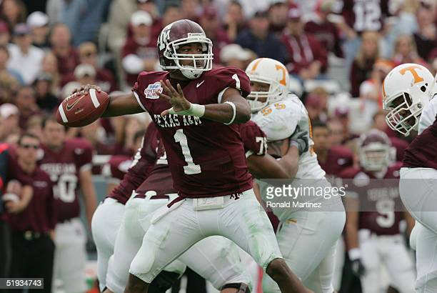 Reggie McNeal of the Texas AM Aggies sets to pass during the SBC Cotton Bowl game against the Tennessee Volunteers on January 1 2005 at the Cotton...