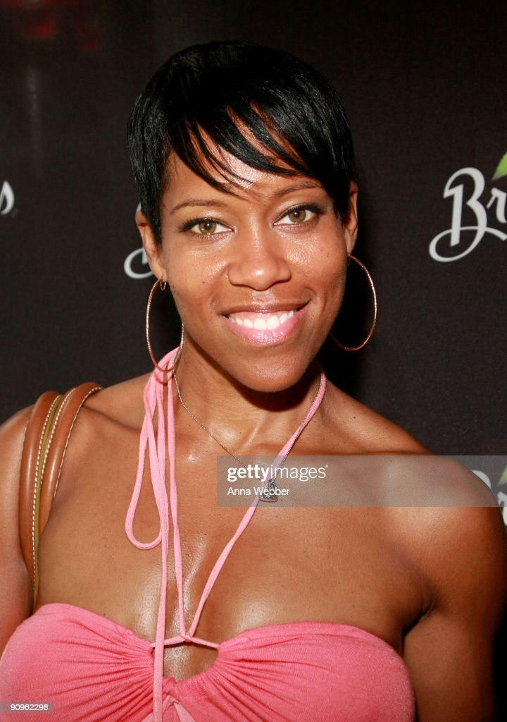 Regina King attends the Breyers' booth at the Kari Feinstein Primetime Emmy Awards style lounge at Zune LA on September 18, 2009 in Los Angeles, California.
