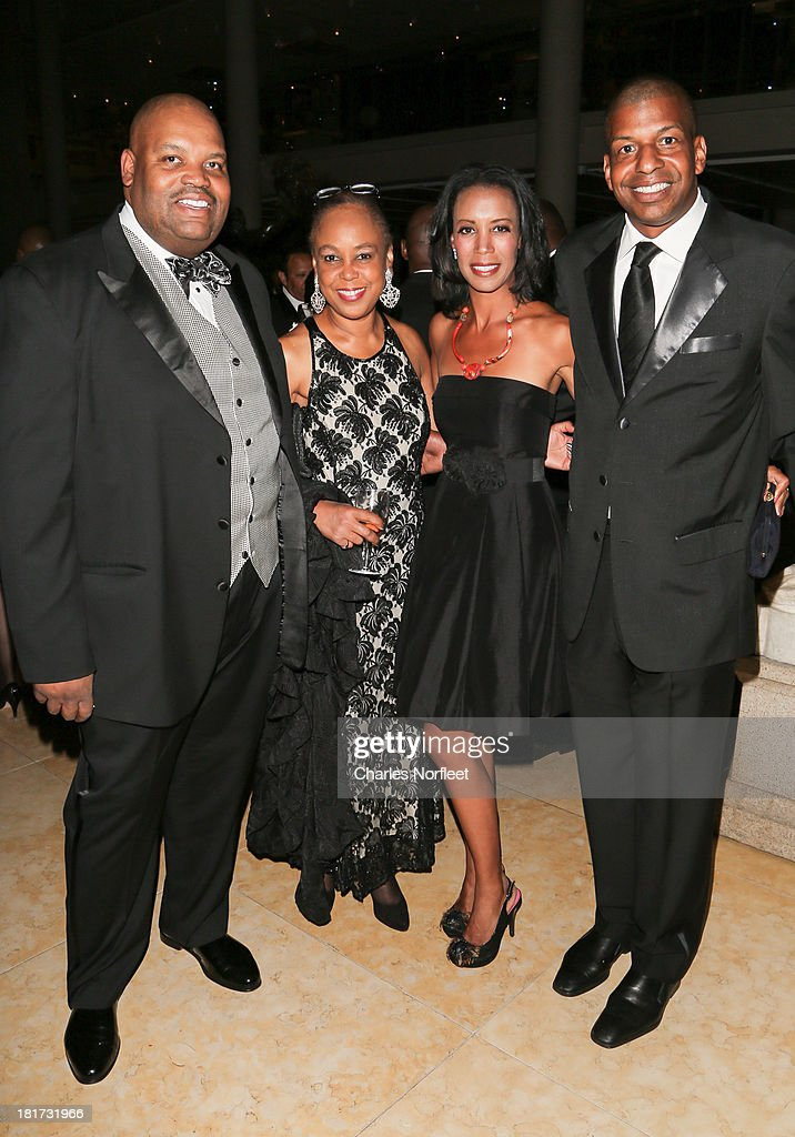 Reginald Brown, Gail Wright Sirmans, Michelle Fizer Peterson and Julio Peterson attend 2013 Multicultural Gala: An Evening Of Many Cultures at Metropolitan Museum of Art on September 23, 2013 in New York City.
