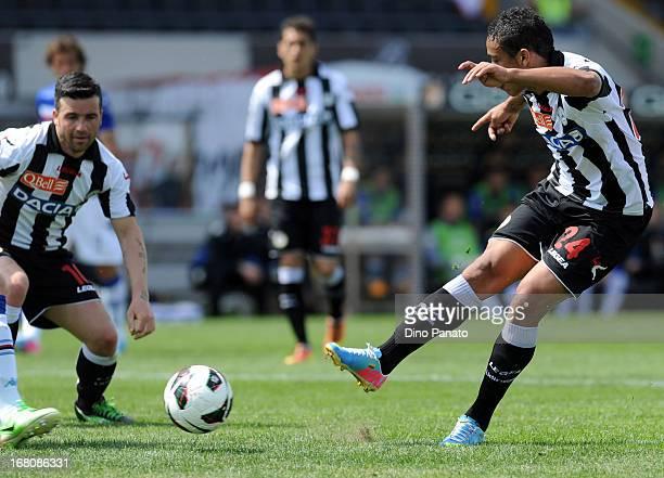 Reginaldo Maicosuel of Udinese Calcio scores during the Serie A match between Udinese Calcio and UC Sampdoria at Stadio Friuli on May 5 2013 in Udine...