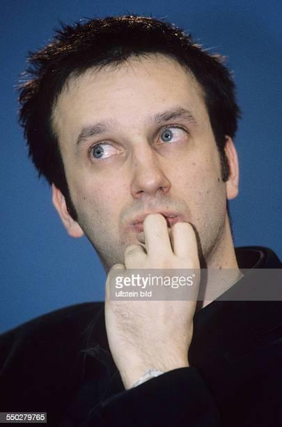 Regisseur Saul Metzstein während einer Pressekonferenz anlässlich der 51 Internationalen Filmfestspiele in Berlin