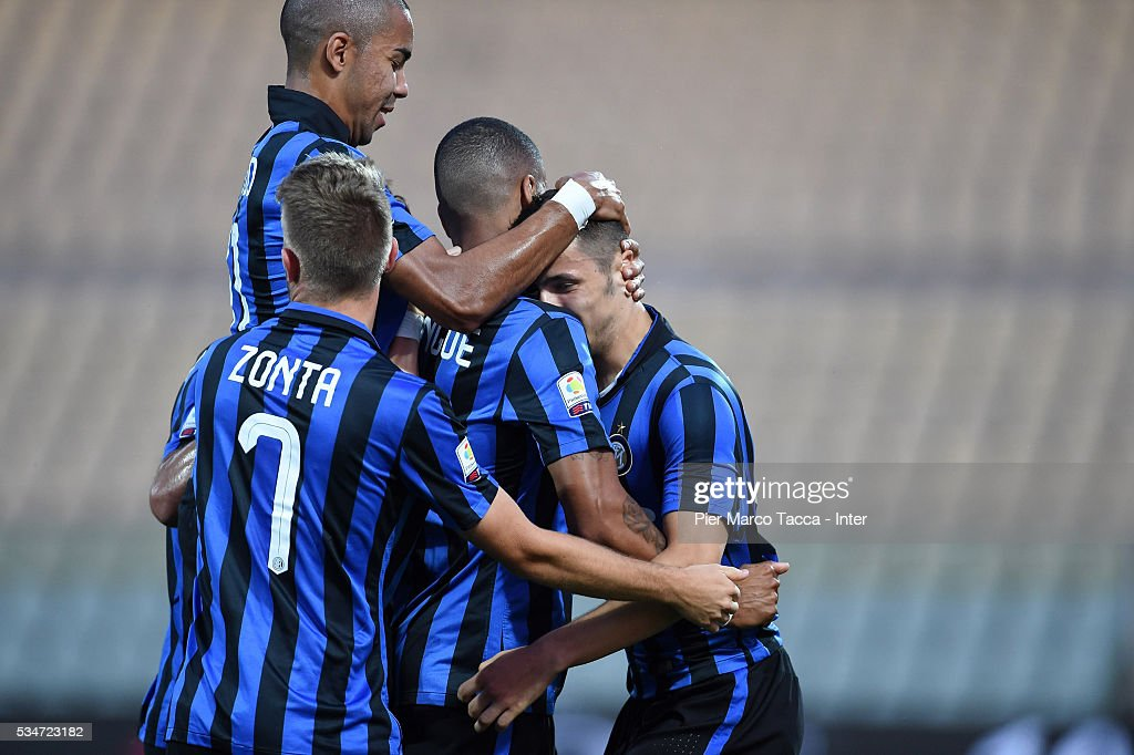 Rei Manaj of FC Internazionale celebrates his first goal during the juvenile playoff match between FC Internazionale and US Citta di Palermo on May 27, 2016 in Modena, Italy.