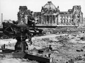 Reichstag In Berlin 1945