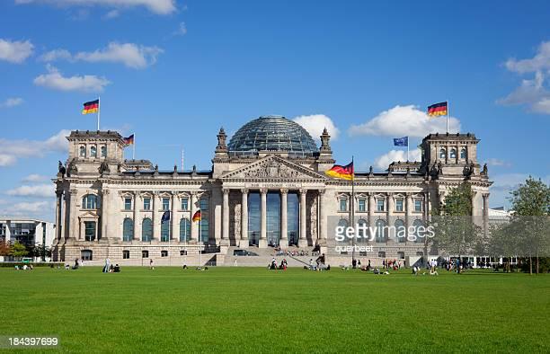Reichstag mit Personen, Berlin