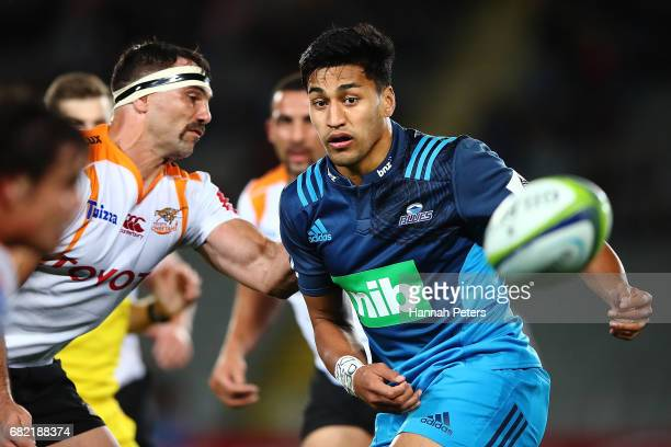 Reiko Ioane of the Blues passes the ball out during the round 12 Super Rugby match between the Blues and the Cheetahs at Eden Park on May 12 2017 in...