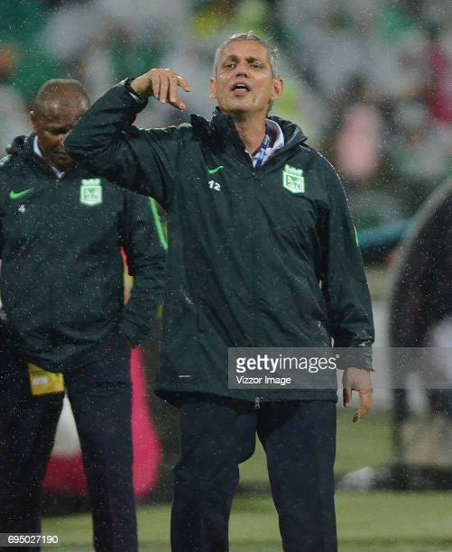 Reinaldo Rueda coach of Atletico Nacional gives instructions to his players during the semi finals second leg match between Atletico Nacional and...