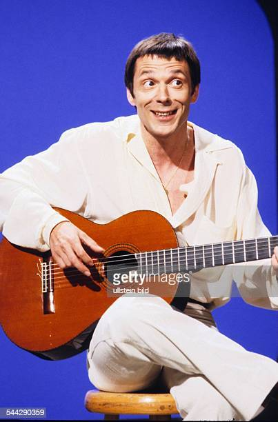 Reinhard Mey *Singer songwriter composer musician balladeerPortrait 1979