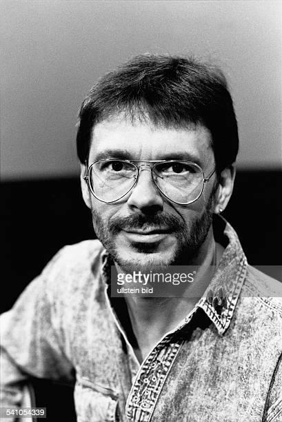 Reinhard Mey *Singer songwriter composer musician balladeerPortrait 1989