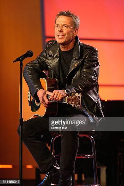 Reinhard Mey *Singer songwriter composer musician balladeeron TV 2003