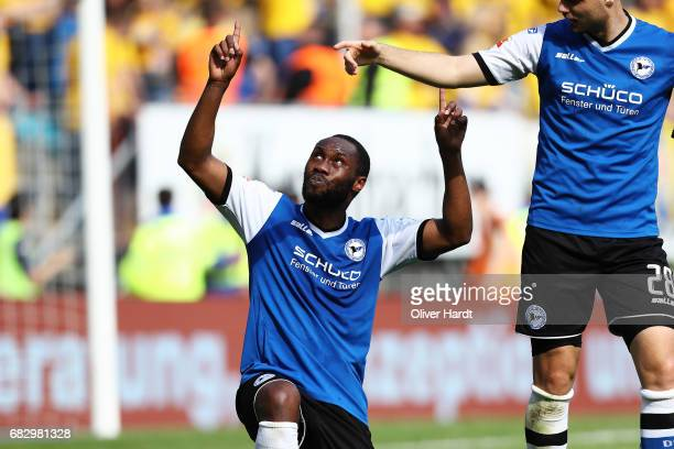 Reinhold Yabo of Bielefeld celebrates after scoring their third goal with his team mates during the Second Bundesliga match between DSC Arminia...