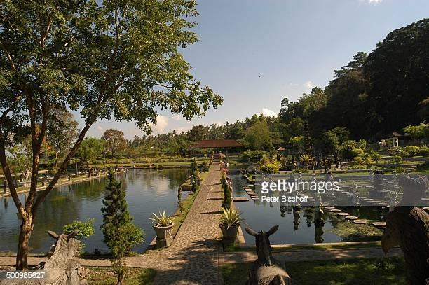 Reise Tempel in Tirta Gangga Provinz Karangasem Insel Bali Indonesien Asien 'WasserTempel' Statuen Promi PNr 819/2004 BB Foto PBischoff/CD...