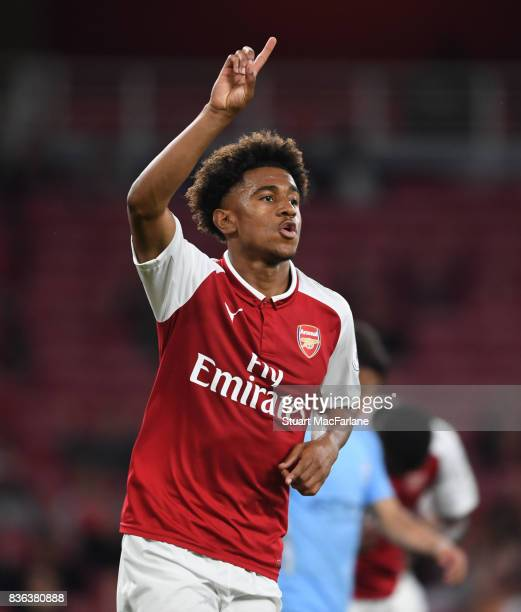 Reiss Nelson celebrates scoring the 2nd Arsenal goal during the Premier League 2 match between Arsenal and Manchester City at Emirates Stadium on...