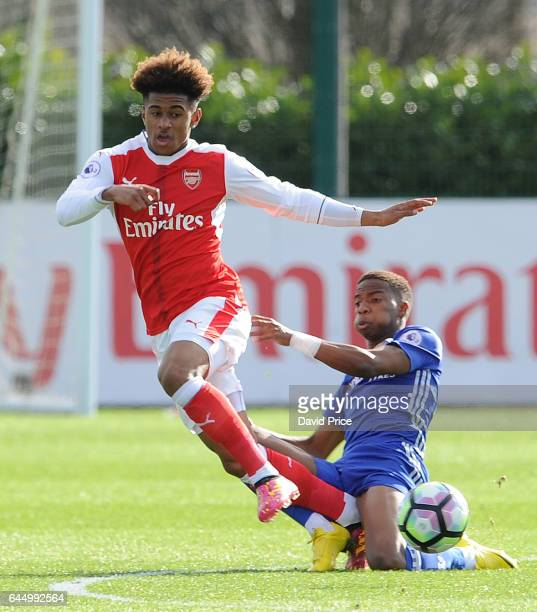 Reiss Nelson of Arsenal takes on Charly Musonda of Chelsea during the match between Arsenal U23 and Chelsea U23 at London Colney on February 24 2017...