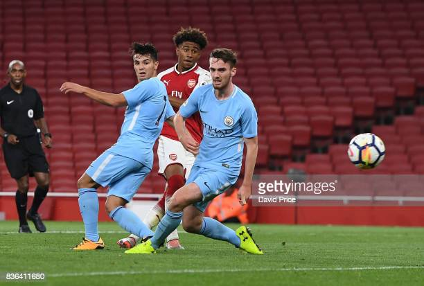 Reiss Nelson scores Arsenal's 4th goal his 2nd during the match between Arsenal U23 and Manchester City U23 at Emirates Stadium on August 21 2017 in...