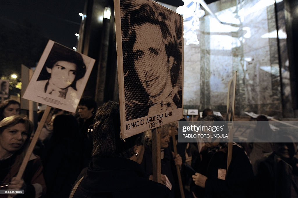 Relatives of disappeared people during the country's last dictatorship (1973-84) take part in the annual 'March of Silence' in Montevideo on May 20, 2010. AFP PHOTO/Pablo PORCIUNCULA