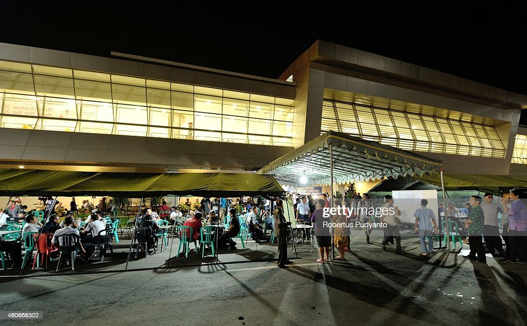 Relatives of missing AirAsia QZ8501 passengers gatherat Juanda International Airport Surabaya on December 28 2014 in Surabaya Indonesia AirAsia...