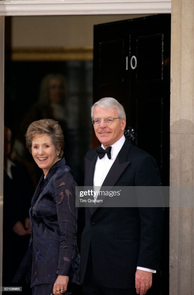 Relaxed And Smiling Former Prime Minister John Major And His Wife Dame Norma Major Arriving At Number 10 Downing Street For The Queen's Golden Jubilee Dinner Attended By All The Surviving Prime Ministers Of Her Reign.