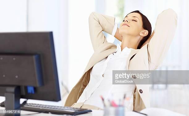 Entspannte business Frau