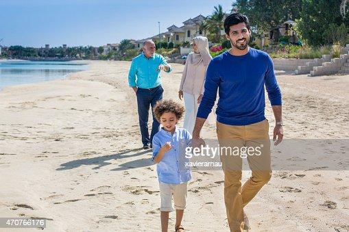 くつろぎのビーチの散歩