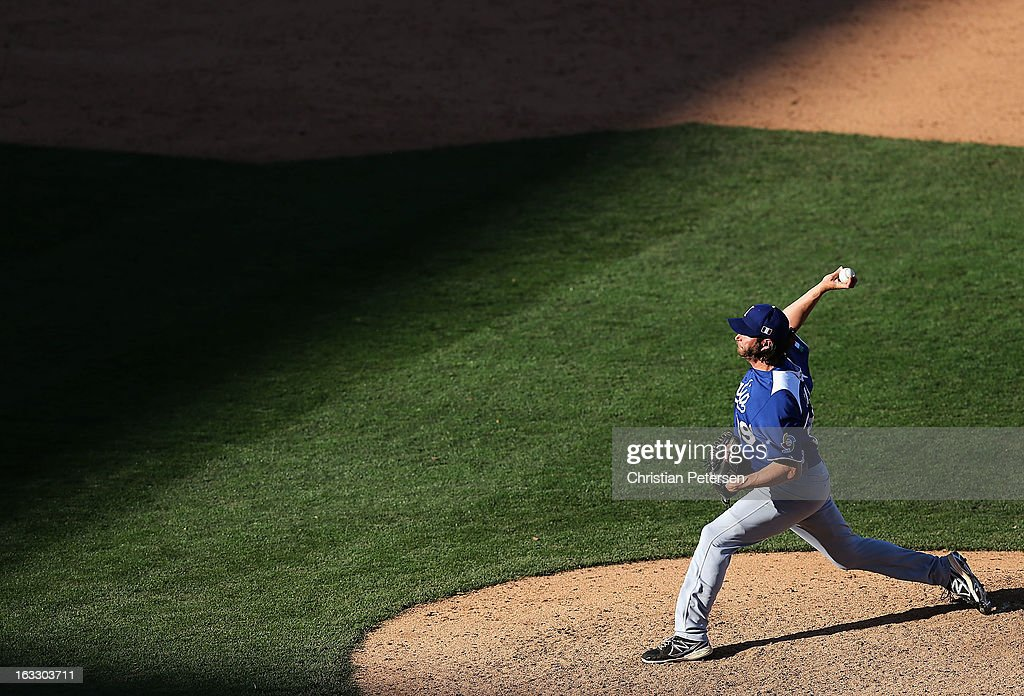 Relief pitcher <a gi-track='captionPersonalityLinkClicked' href=/galleries/search?phrase=Jason+Grilli&family=editorial&specificpeople=615724 ng-click='$event.stopPropagation()'>Jason Grilli</a> #39 of Italy pitches against Mexico during the ninth inning of the World Baseball Classic First Round Group D game at Salt River Fields at Talking Stick on March 7, 2013 in Scottsdale, Arizona. Italy defeated Mexico 6-5.