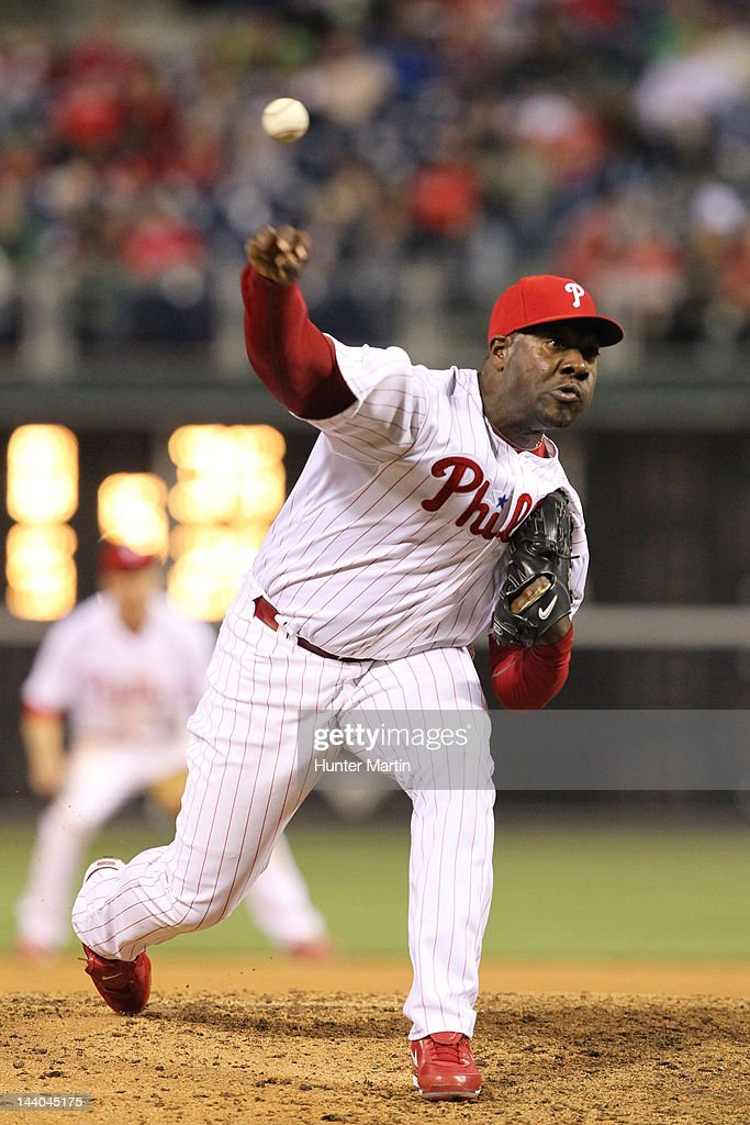 Relief pitcher <a gi-track='captionPersonalityLinkClicked' href=/galleries/search?phrase=Jose+Contreras&family=editorial&specificpeople=202200 ng-click='$event.stopPropagation()'>Jose Contreras</a> #52 of the Philadelphia Phillies throws a pitch during a game against the New York Mets at Citizens Bank Park on May 8, 2012 in Philadelphia, Pennsylvania. The Mets won 7-4.
