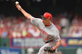 Relief pitcher Kevin Gregg of the Cincinnati Reds pitches in the seventh inning against the St Louis Cardinals at Busch Stadium on April 18 2015 in...