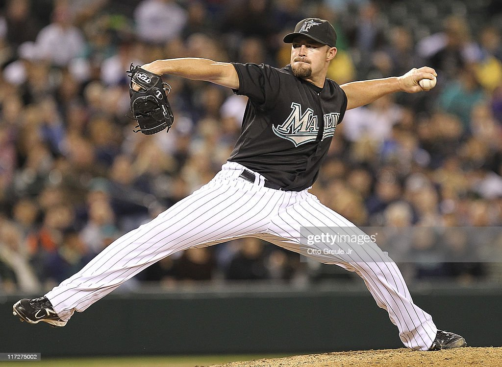 Relief pitcher Michael Dunn #40 of the Florida Marlins pitches in the ninth inning against the Seattle Mariners at Safeco Field on June 24, 2011 in Seattle, Washington. The Mariners defeated the Marlins 5-1.