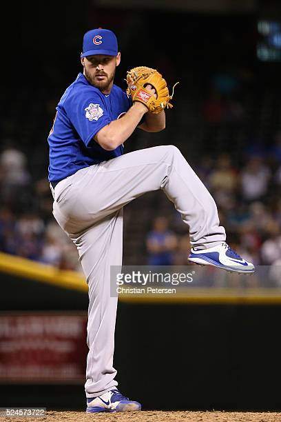 Relief pitcher Travis Wood of the Chicago Cubs pitches against the Arizona Diamondbacks during the MLB game at Chase Field on April 7 2016 in Phoenix...
